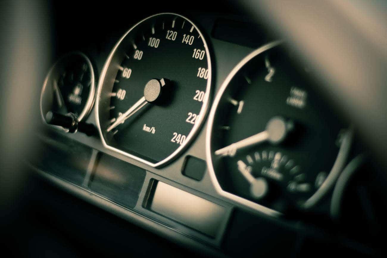 11 sytuacji, w których marnujesz benzynę [A nie musisz]