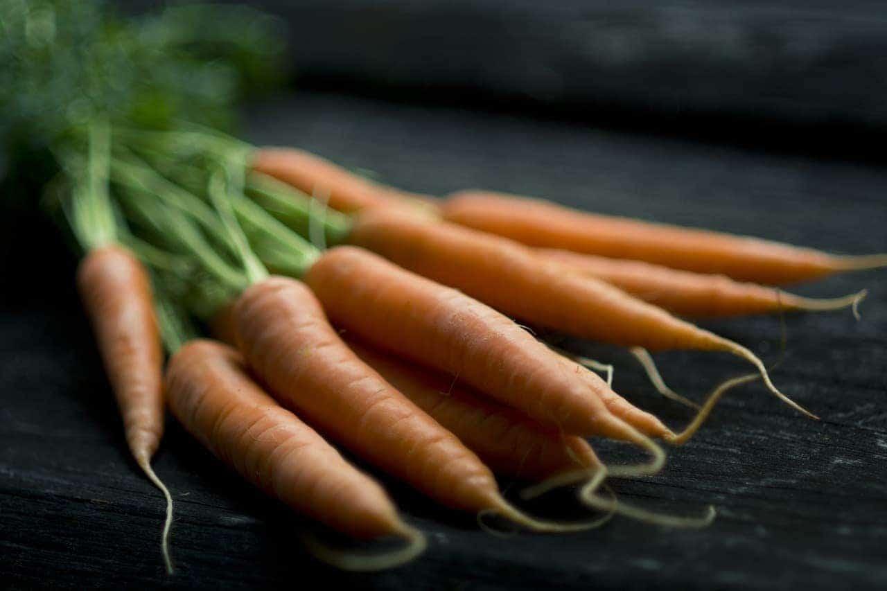 przepisy na tanie zupy - krem z marchewki, cukinii i papryki