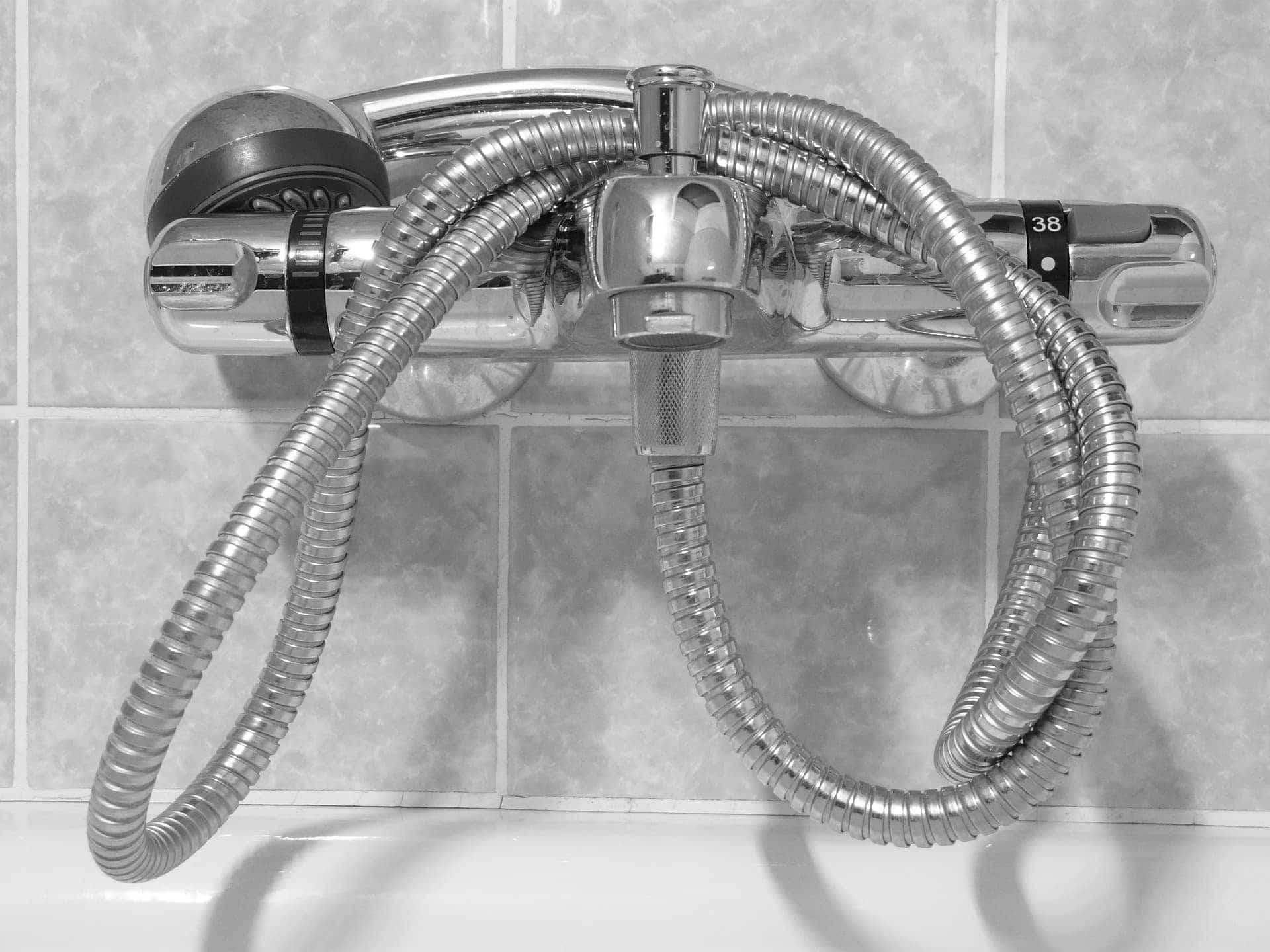 Oszczędzanie wody – wanna czy prysznic – ile można oszczędzić?